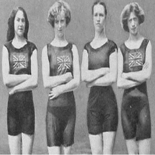 Irene Steer (far right) and the 1912 Olympics British women's 4x100m freestyle relay team
