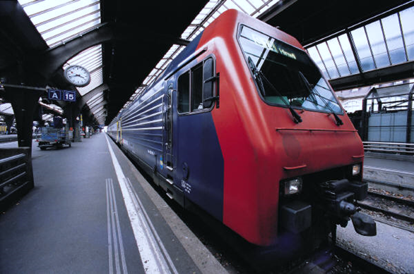 A picture of a train in a train station