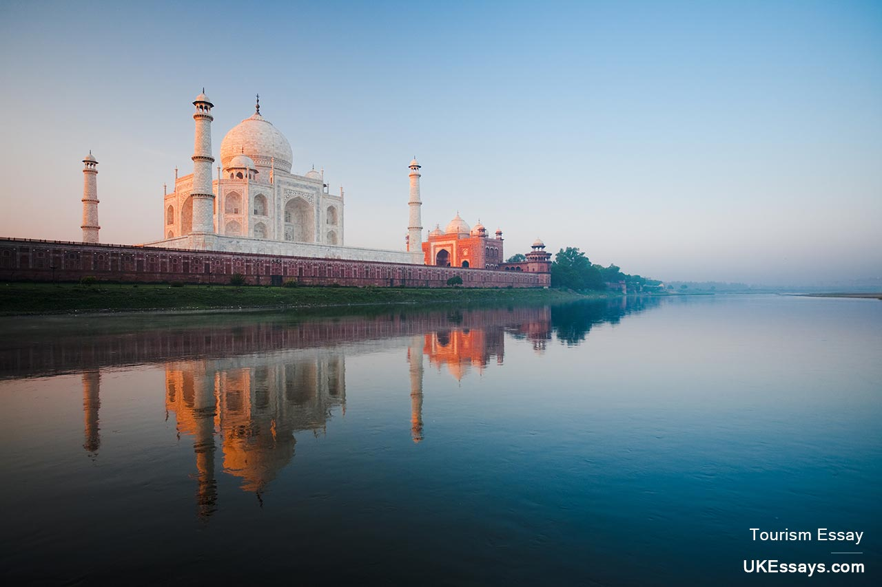 travel and tourism essay tourism essay taj mahal